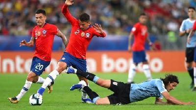 Copa America;Chile Beat Colombia in Shootout to Reach Semi-finals