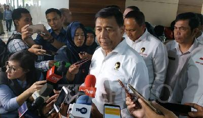 Wiranto Wants to Move Corruption Convicts to Remote Island Jails