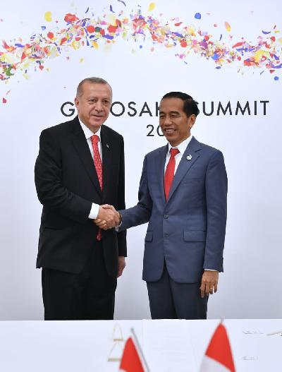 Jokowi Asks for a Halt to Israel Aggression