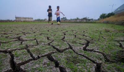 20 Regencies, Cities Hit by Drought in West Java: BPBD