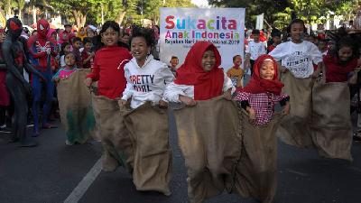 On Independence Day of Indonesia, Fun Games are Everywhere