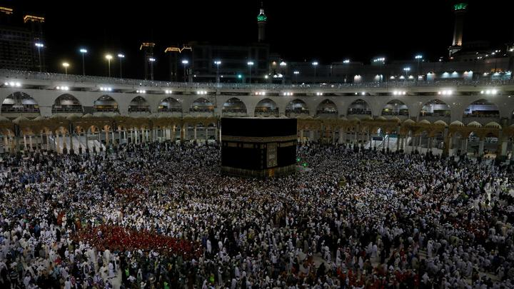 Muslim pilgrims circle the Kaaba and pray at the Grand mosque at the end of their Haj pilgrimage in the holy city of Mecca, Saudi Arabia August 13, 2019. Picture taken August 13, 2019. Millions of haj pilgrims began heading back to Mecca for final prayers on Tuesday as the world's largest annual gathering of Muslims wound down without incident despite the logistical challenges and escalating regional tensions. REUTERSUmit Bektas