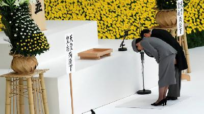 Japan's Emperor Echoes Father, Expresses Deep Remorse over War