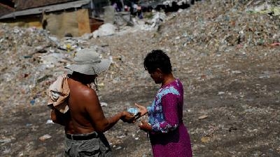 Cash for Trash: Indonesia Village Banks on Waste Recycling