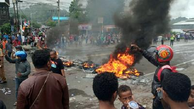 Photos: Protests Erupt in West Papua over Student Detentions