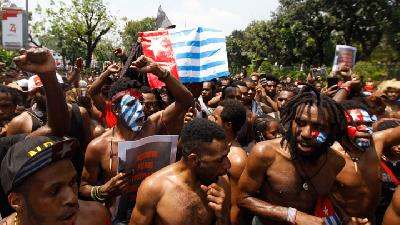 Papuans in Jakarta Stage Protest after Racism Accusation Incident