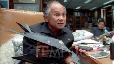 BJ Habibie, the Genius of Indonesia's First Aircraft Creator