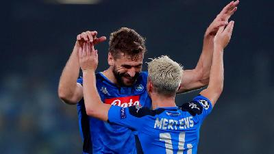 Napoli Beat Holders Liverpool in Champions League Opener