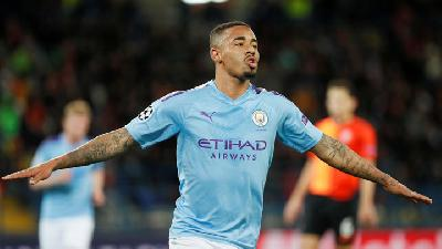 Man City's Punchy One-two Sees Off Crystal Palace