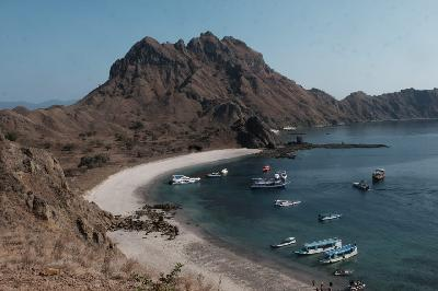 Wishnutama to Develop Labuan Bajo as Super Premium Tourist Site