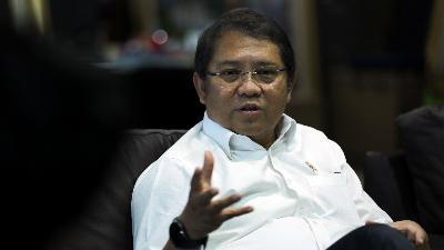 Minister Rudiantara Reflects on Controversial Internet-Curbing