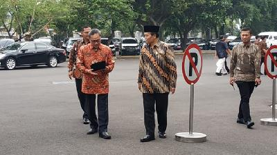 MPR Speakers Visit Jokowi Ahead of Presidential Inauguration