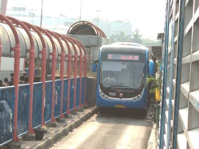 Hapus Video Tak Senonoh, 59 Bus Zhong Tong Beroperasi Lagi