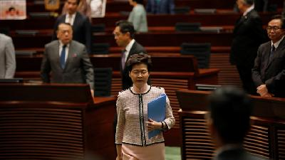 Hong Kong Delays Election Citing Pandemic