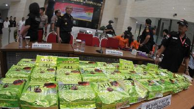 Jakarta Police Gun Down Drug Dealer of 210kg Crystal Meth