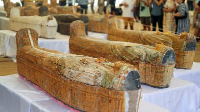Egypt Unveils Cache of 30 Painted Coffins at Luxor