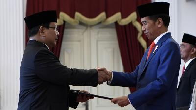 Prabowo's Son Attends Father's Oath of Office at State Palace
