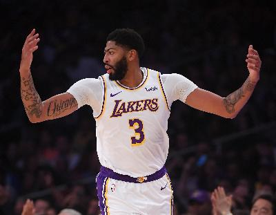 NBA: Anthony Davis Cetak 40 Poin, Lakers Hantam Grizzlies