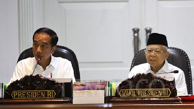 Jokowi to Submit Omnibus Law Draft to DPR Next Month