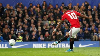 Manchester United Brush Partizan Aside to Reach Last 32