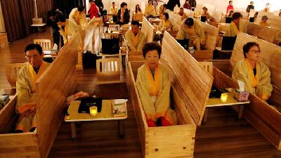 South Korea Holds Funerals For The Living