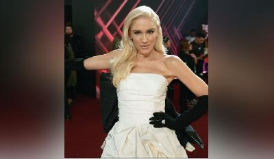 Gwen Stefani Raih Fashion Icon Award, Pernah Membenci Mode