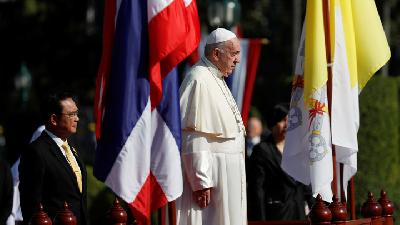 Pope Francis Attends Welcome Ceremony Hosted by Thai PM Prayuth