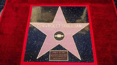 Chevrolet Suburban, Mobil Pertama di Hollywood Walk of Fame