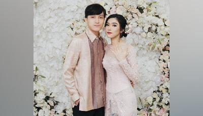 Romantis, Video Prewedding Isyana Sarasvati Ala Teater Klasik