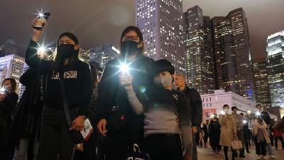 Hong Kong Protesters Decry Police Inaction 6 Months After Attack