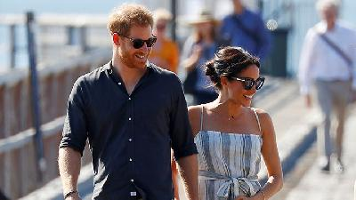 Pangeran Harry - Meghan Disebut Negosiasi Kontrak di Hollywood