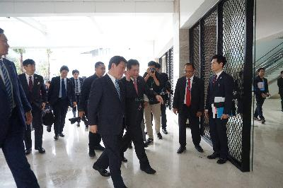 Japan's Foreign Affairs Minister Visits ASEAN Secretariat