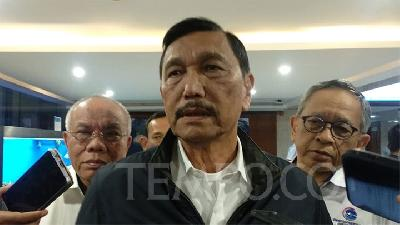 Luhut Pandjaitan Speaks Bluntly on Emergency Policies, Lockdown
