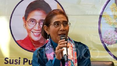 Susi Pudjiastuti Asked to Make Gajah Putih University Public