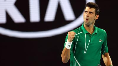 Champion Djokovic Digs Deep to Beat Struff in Melbourne Opener