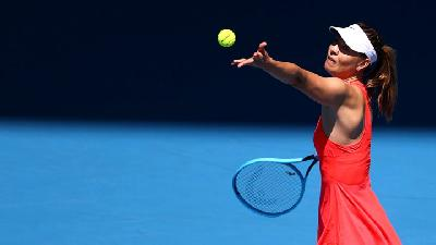 Sharapova Vanquished by Vekic in Australian Open First Round