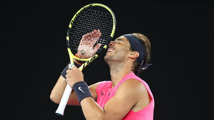 Nadal Dominates Delbonis to Ease into Third Round Australian Open
