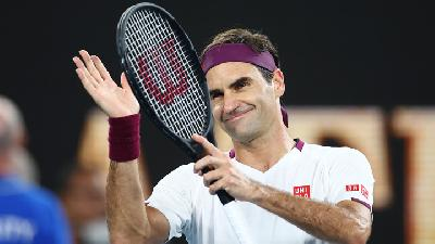 Federer Shifts Gear after Slow Start to Reach Melbourne Quarters