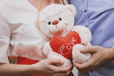 Depok Bans Students from Celebrating Valentine's Day
