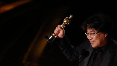 South Korea's Parasite Wins Oscar for Best International Feature