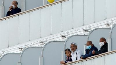 Coronavirus at Diamond Princess; Japan Allows Elderly to Leave