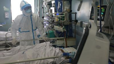 Staff at Wuhan Wospital at Work Amidst Coronavirus Outbreak