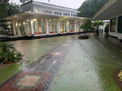 PUPR Minister Denies Flooding in State Palace