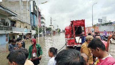 Jakarta Prepares New Water Pumps to Combat Flooding