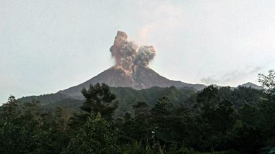 Mount Merapi Eruption: Flight Traffic Runs Normal, Govt' Says