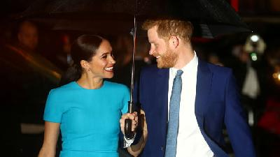 Meghan Markle dan Pangeran Harry Tutup Badan Amal Sussex Royal