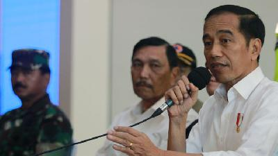 Luhut: Jokowi to Decide Territorial Quarantine Plan This Week