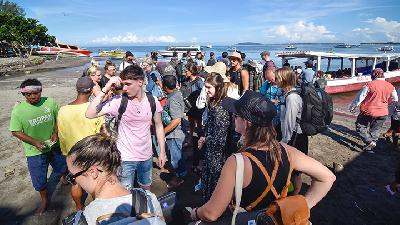 Sandiaga Uno to Open Gili Trawangan for Tourists