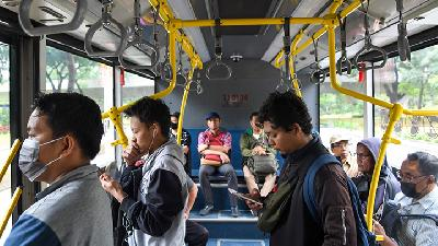 Transjakarta Adjusts Services as Tight Social Restriction Imposed