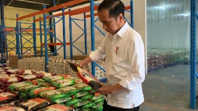 Jokowi Promises Sugar and Garlic Prices to Go Down by Next Week
